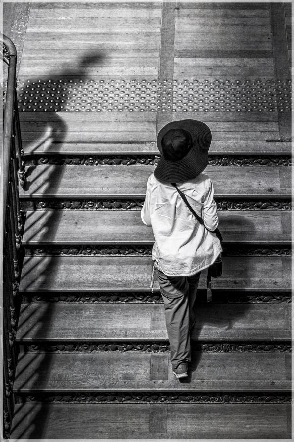 183ème : Escalier chapeauté - Christine GABORIAU - Déclic Legé 44