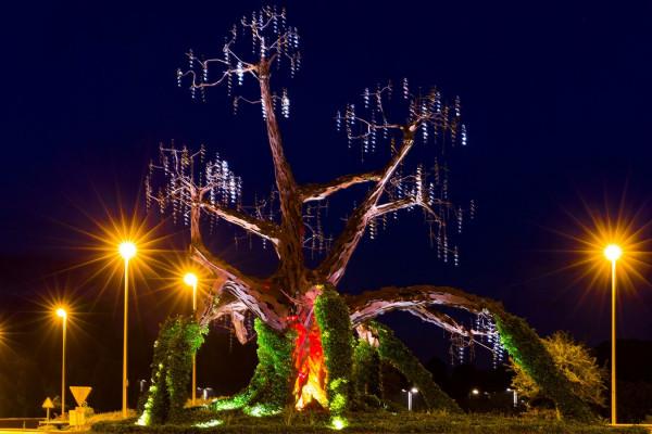 """2ème Défi : Ambiance nocturne """"L'arbre magique"""" classée 41ème"""